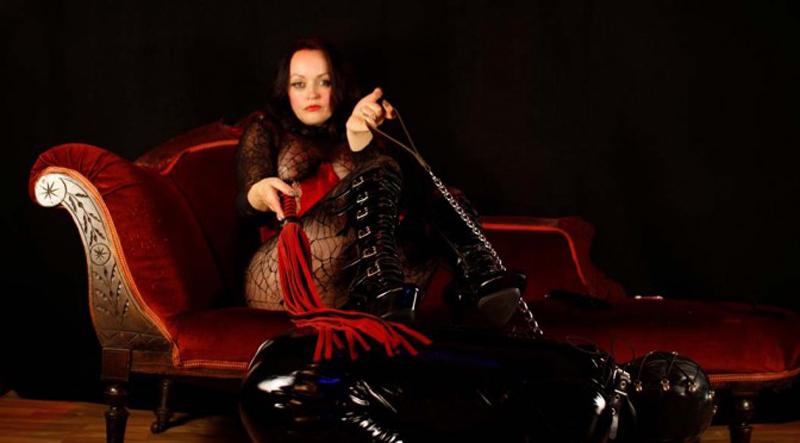 Mistress-Flower-of-Scotland1news