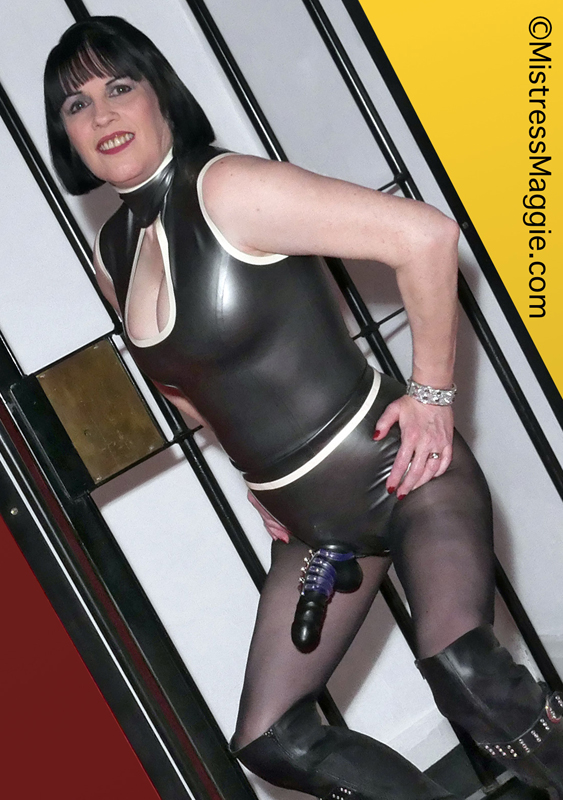 rubber-strapon-mistress