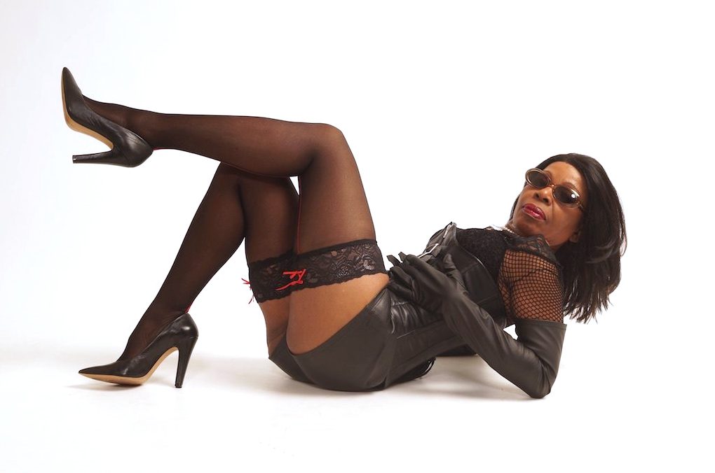 London-Black-Mistresses-Queen-Ebowe