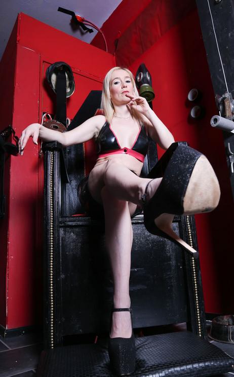 Manchester-Mistress-Luci